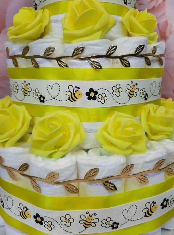 kollane mähkmetort amigurumi mesilasega6